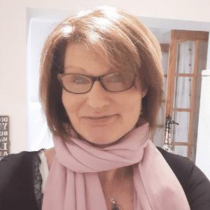 Julie Etheridge, wellbeing 4 u business coach, profile